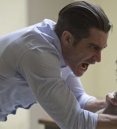 Jake Gyllenhaal prisoners haircut picture