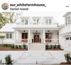 Here are the Modern Farmhouse Design Ideas. This article about Modern Farmhouse Design Ideas was posted under the category by … Modern Farmhouse Exterior, Coastal Farmhouse, Farmhouse Homes, Modern Farmhouse Style, Farmhouse Plans, Farmhouse Decor, Farmhouse Contemporary, Coastal Country, Country Modern Home