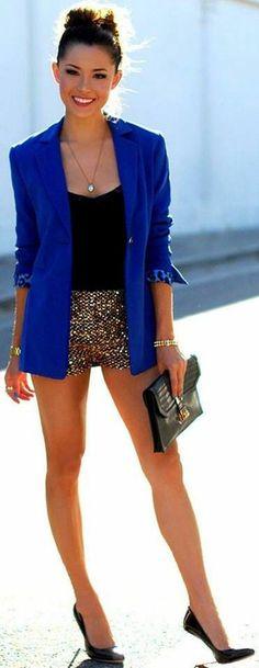 TD ❤️ Best Street Style Inspiration - Black with golden sparkle short top royal blue coat and black leather bag & shoes