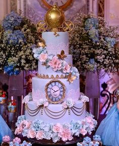 Startling assessed quinceanera party decorations find out this here Cinderella Quinceanera Themes, Quinceanera Planning, Quinceanera Cakes, Quinceanera Decorations, Cinderella Themed Weddings, Disney Wedding Cakes, Cinderella Decorations, Quinceanera Ideas, Quinceanera Dresses