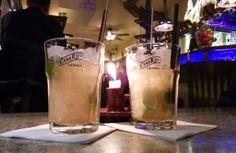 Caipiroska - Wodka Cocktail Cocktails, Cocktail Drinks, Pint Glass, Beer, Tableware, Vodka Martini, Schnapps, Craft Cocktails, Root Beer