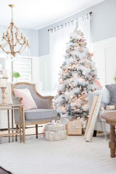 Faux Fur Garland And Golden White Ornaments To Add Beauty In Christmas Tree
