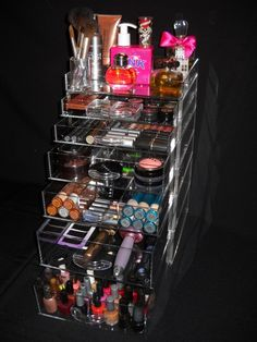 20 Marvelous Makeup Storage Ideas, this is brilliant for the mountain of products my teenager has!