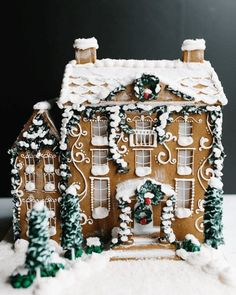 Christmas Gingerbread House, Noel Christmas, Merry Little Christmas, All Things Christmas, Winter Christmas, Christmas Cookies, Christmas Crafts, Christmas Decorations, Xmas