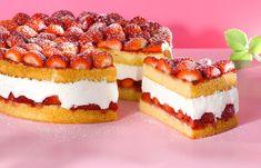 Frühlingstorte mit Erdbeer-Schlagobers-Füllung Cheesecake, Cakes, Desserts, Food, Pies, Strawberries, Dessert Ideas, Food Food, Rezepte