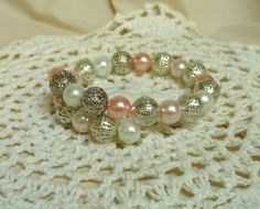 Karperec * Bracelet Pearl Necklace, Beaded Bracelets, Pearls, Jewelry, Fashion, Jewerly, String Of Pearls, Moda, Jewlery
