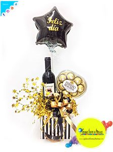 Globos, Flores y Fiestas Candy Bouquet, Man Birthday, Gift Baskets, Balloons, Birthdays, Lily, Gifts, Bouquets, Father