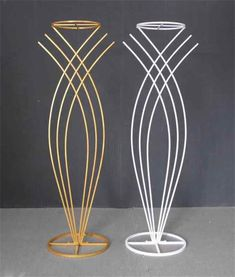 Source Metal flower stand for wedding party event decoration, wedding walkway, wedding table centerp Tall Wedding Centerpieces, Wedding Decorations, Wedding Walkway, Table Wedding, Party Wedding, Wedding Stage Design, Deco Floral, Floral Design, Candle Holders