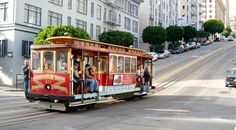 San Francisco es famoso por sus tranvías y ecléctica arquitectura en cuyos interiores se ha instalado el moderno estilo industrial como protagonista.