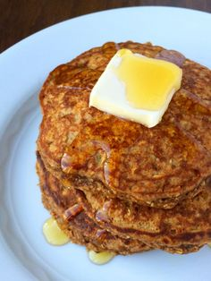 These gingerbread pancakes are full of warm spices, packed with protein and are naturally gluten free.
