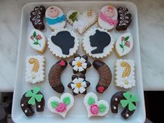 dorty,cukroví a jine sladkosti | Cukroví Sweets, Cookies, Desserts, Food, Crack Crackers, Tailgate Desserts, Deserts, Gummi Candy, Candy