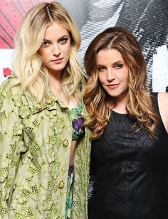 Celebrity Moms and Daughters: Lisa Marie Presley is a singer and a strummer, just like her famous father Elvis Presley. Daughter Riley Keough has a modeling career. Lisa Marie Presley, Elvis And Priscilla, Priscilla Presley, Riley Keough, Mom Daughter, Mom And Dad, Daughters, Michael Jackson, Rock And Roll