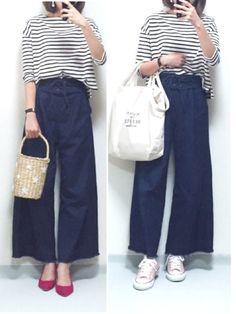 差し色にピンク💓   いつも見ていただきありがとうございます🙇✨ Japanese Style, Pants, How To Wear, Dresses, Fashion, Trouser Pants, Vestidos, Moda, Japan Style