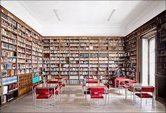 Candida Höfer, Libraries, Biblioteca do ies de Celanova