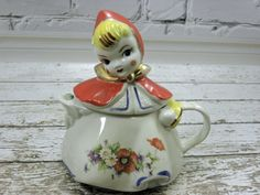Vintage Tea Pot Little Red Riding Hood Hull USA by vtgcharleys1, $58.00  cute