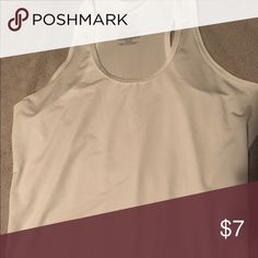 Danskin Now Workout Tank White Danskin Now Workout Tank size S Danskin Now Tops Tank Tops