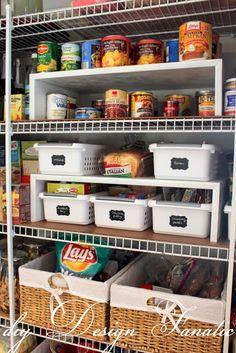 I love an organized pantry!