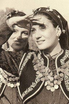 Greek women in traditional costumes Albanian Culture, Greek Culture, Greek Dancing, Russian Wedding, Greek Beauty, Greek Language, Greek History, Old Photos, Greece