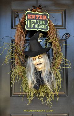 Wicked Witch Halloween Wreath #MakeitFunCrafts, Stepe by Step on how to paint a Floracraft® Foam Head, Halloween witch decoration prop, paint a witch face,.