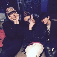Super Junior Heechul, Picture At BEAST Yong Junhyung's Birthday Party http://www.kpopstarz.com/articles/154833/20141222/super-junior-heechul-picture-at-beast-yong-junhyungs-birthday-party.htm