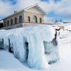 Winter Wonderland Rock Island Harbor Door County Wisconsin Looks Beautiful But Really Cold Door County Winter Door County Wisconsin Wisconsin Travel