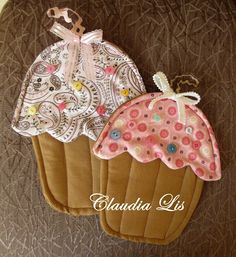 Labores de Lis: ♥ Tutorial Manopla Cupcake con patron