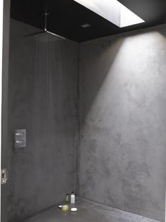 For an effortless yet striking wetroom feel, create a hamman feature in the shower with benches at either end.