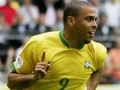 Ronaldo Almost Joined Rangers Agent Says Good Soccer Players, Football Players, Ronaldo 9, Football Drills, National Football Teams, Polo Ralph Lauren, Exercise, Beautiful, Mens Tops