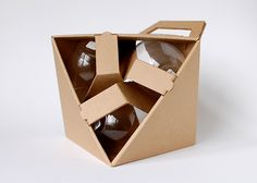 Package design for three stemless wineglasses.
