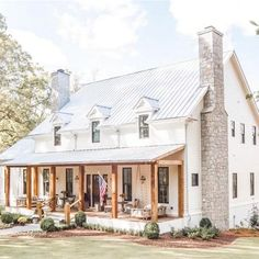 If you are looking for Farmhouse Exterior Design Ideas, You come to the right place. Below are the Farmhouse Exterior Design Ideas. Modern Farmhouse Exterior, Farmhouse Homes, Farmhouse Style, Farmhouse Decor, Farmhouse Front Porches, Farmhouse Home Plans, Metal Roofs Farmhouse, Farmhouse Ideas, Farmhouse Architecture