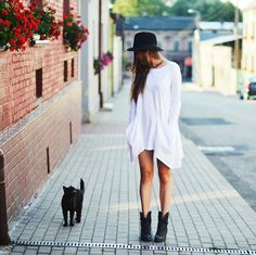 http://lookbook.nu/look/5240632-Meet-The-Black-Cat