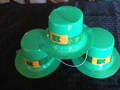 Happy St Patrick's Day Green Mini Plastic Party Hats Set 5 PC Set Leprechaun | eBay