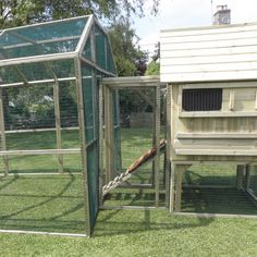 Protection Pen Mating Panel | Connecting Panels for Chicken Houses and Chicken Runs