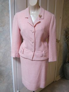 boucle' fitted jacket and skirt