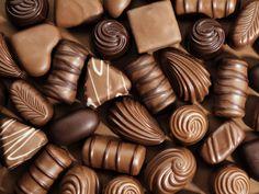 Sweet food, chocolate wallpaper 2560x1920 Chocolate Bonbon, Chocolate Sweets, I Love Chocolate, Chocolate Shop, Belgian Chocolate, Chocolate Gifts, How To Make Chocolate, Chocolate Lovers, Chocolate Recipes
