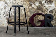 30 fantastiche immagini su interni in metallo vintage furniture