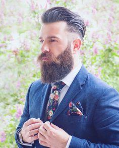 Ducktail Beard Look- The Mature yet Sexy Beard Style Great Beards, Awesome Beards, Best Beard Styles, Hair And Beard Styles, Beard Images, Beard Look, Sexy Beard, Full Beard, Beard Growth