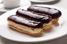 Ecler cu crema de vanilie si glazura de ciocolata - Culinar.ro