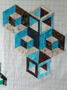 Geometric Quilt, Hexagon Quilt, Quilt Block Patterns, Pattern Blocks, Square Quilt, Tumbling Blocks Quilt, Quilt Blocks, Quilting Projects, Quilting Designs