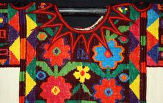 Hand Spinning, Floral Motif, White Cotton, Maya, Hand Weaving, Textiles, Traditional, Salvador, Chichicastenango
