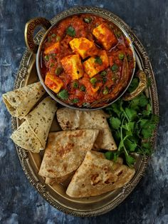 Dhaba Style Matar Paneer is a delicious Indian curry loaded with dhaba and restaurant like flavors. Find how to make dhaba matar paneer at home. Mexican Food Recipes, Vegetarian Recipes, Cooking Recipes, Thai Recipes, Asian Recipes, Diet Recipes, Indian Chicken Recipes, Healthy Recipes, Unique Recipes