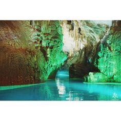 #Jeita Grotto, one of the world's wonders  By @trippyy961 WeAreLebanon