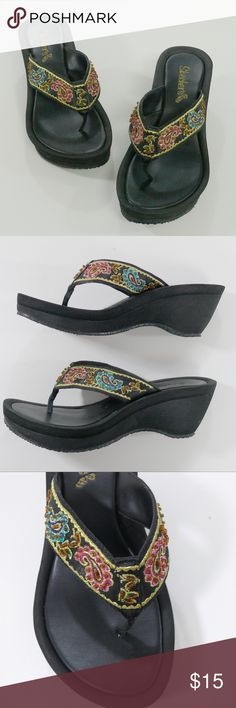 08f4aa2b2ee45 SKECHERS Cali thong sandals flip flops paisley 5 Paisley jeweled wedge  sandals. In amazing condition