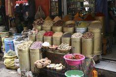 #Marrakech es una ciudad exótica y romántica, ideal para una escapada tranquila y divertida en pareja o con tus amigos. Un buen destino para empezar a adorar el norte de África. Mezquitas, medinas, #mercados, jardines…