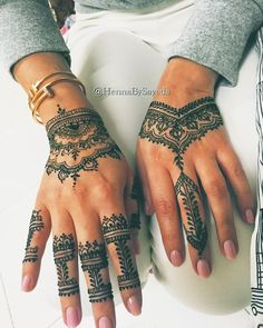 """""""My regular client from London✨ She loves henna and #hennabysayeda is always on her list when in Dubai @fatmasilvana"""""""