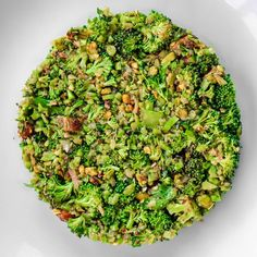 Broccoli with ras el hanout and dates at Parachute in Chicago - Photo Credit: eater.com . . . . #broccoli #parachute #chicago #chi #chitown #windycity #thechi #michelinrestaurants #tasty #cuisine #food #foodphotography #foodie #foodies #foodiegram #finedining #yum #instafood #foodpics #tasting #dish #plating #art #hungry #michelinstar #michelinstars