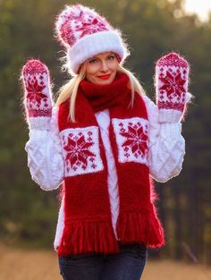 Nordic Hand Knitted Mohair Fuzzy Norwegian Set Hat Scarf Mittens by SUPERTANYA #SuperTanya #Ski