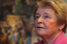Former Prime Minister of Norway, Dr. Gro Harlem Brundtland, has an increased sensitivity to sunlight. She previously came forward describing her electrohypersensitivity which erupted while she was at the World Health Organization, ironically at the same time when Michael Repacholi was calling the shots regarding possible health effects of EMFs. Brundtland lider av solallergi.
