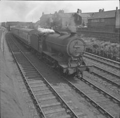 N1999_19600801_Monkwearmouth_j39 | BR (ex LNER) J39 steam lo… | Flickr Barbary Coast, North East England, Sunderland, Steam Engine, Steam Locomotive, Masters, Trains, British, Master's Degree