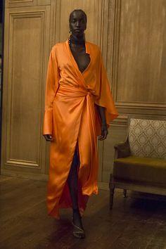 Live Fashion, Daily Fashion, Orange Mode, Dona Karan, Bouchra Jarrar, Runway Fashion, Womens Fashion, Orange Fashion, Pastel Fashion